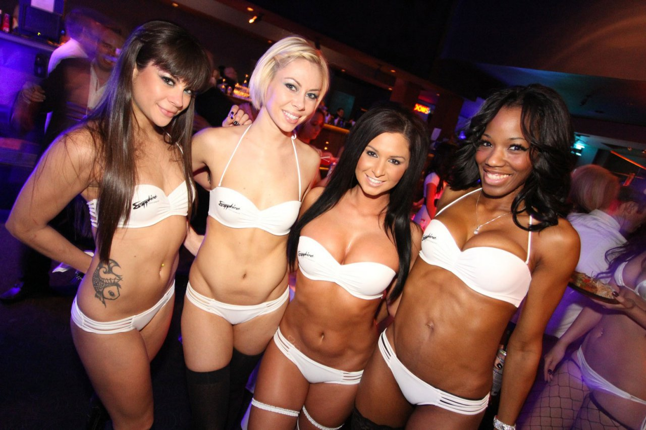 strip clubs for women pics