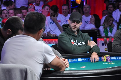 2019 WSOP Main Event: Hossein Ensan leads final three with 326M